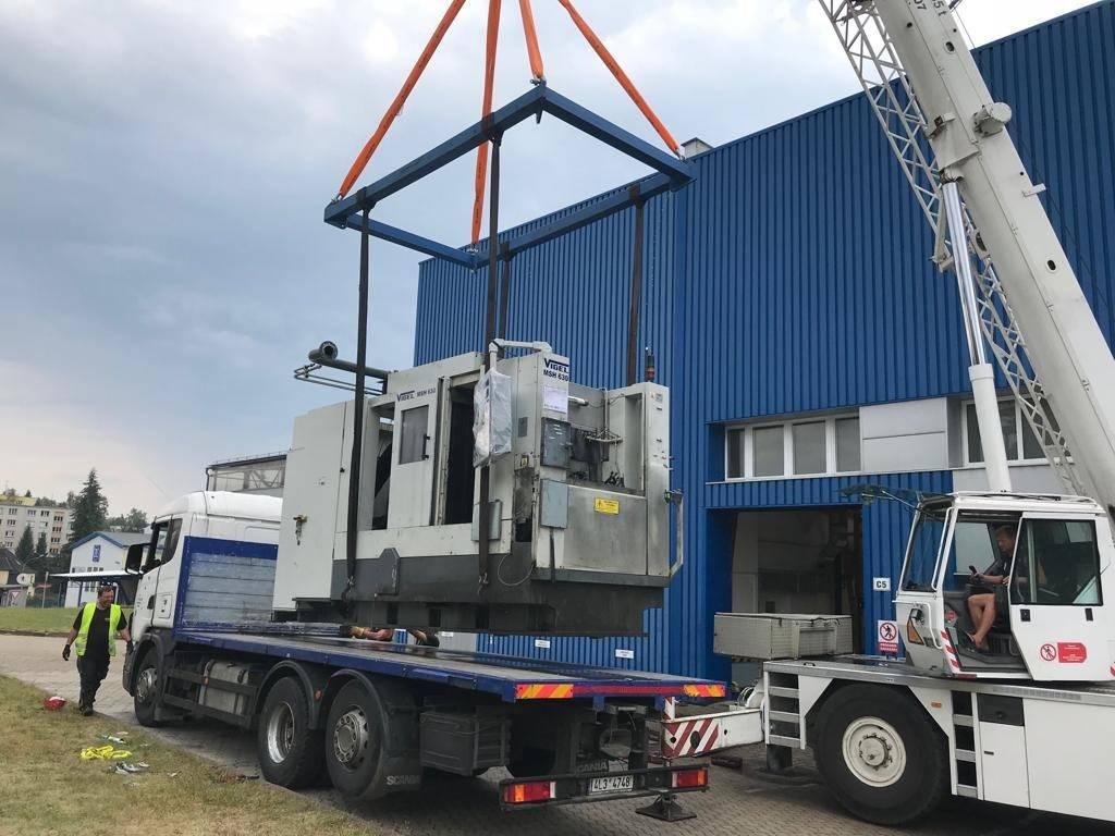Vedes s.r.o. - Stěhování strojů VIGEL z Jablonce nad Nisou do nově vybudované haly v Rychnově u Jablonce nad Nisou.